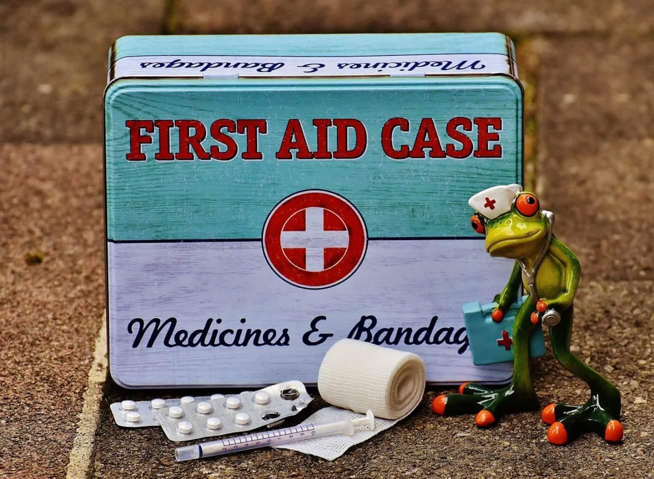 Erste-Hilfe-Kasten (CC0 by Alexa_Fotos)